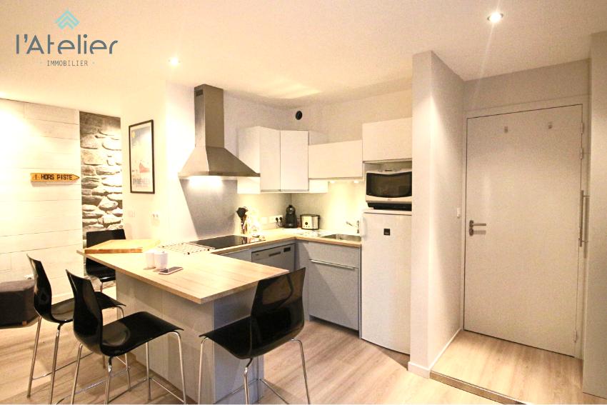 coin_cuisine_moderne_appartement_arreau