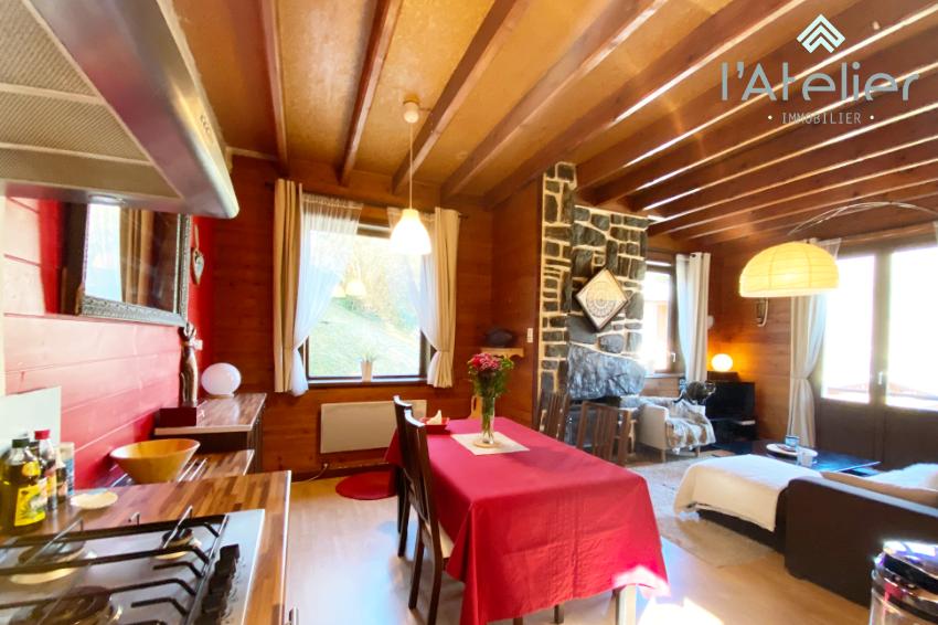 a_saisir_maison_dans_village_de_montagne_typique_latelierimmo.com